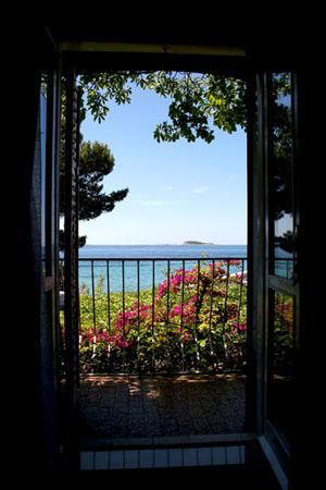villa Mlini room view