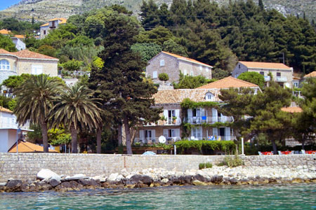 villa Mlini water view