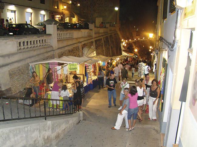 Markets Menorca - Villas Etnia