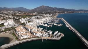 10 mims from puerto banus
