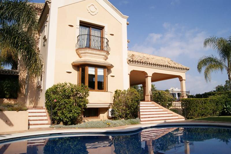Monte Biarritz Villa for Sale 995,000 euros