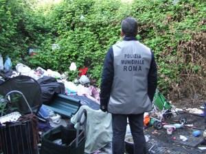 """Nomadi, Corbucci: """"Sgomberi hanno prodotto donne e bambini in mezzo alla strada"""""""