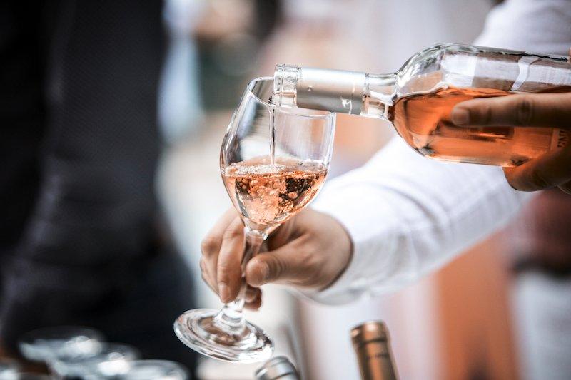 Comment est fait le vin rosé ?