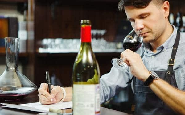 poste d'analyse des professionnels de la dégustation du vin