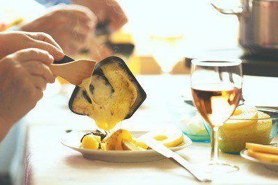 Raclette et vin