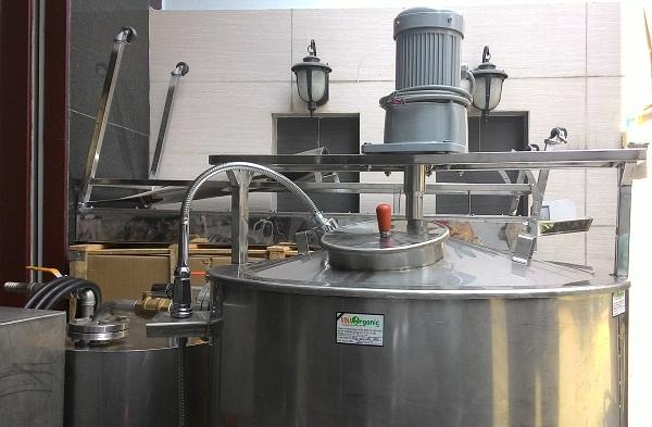 Cánh khuấy trong máy nấu 300lit/mẻ của VinaOrganic