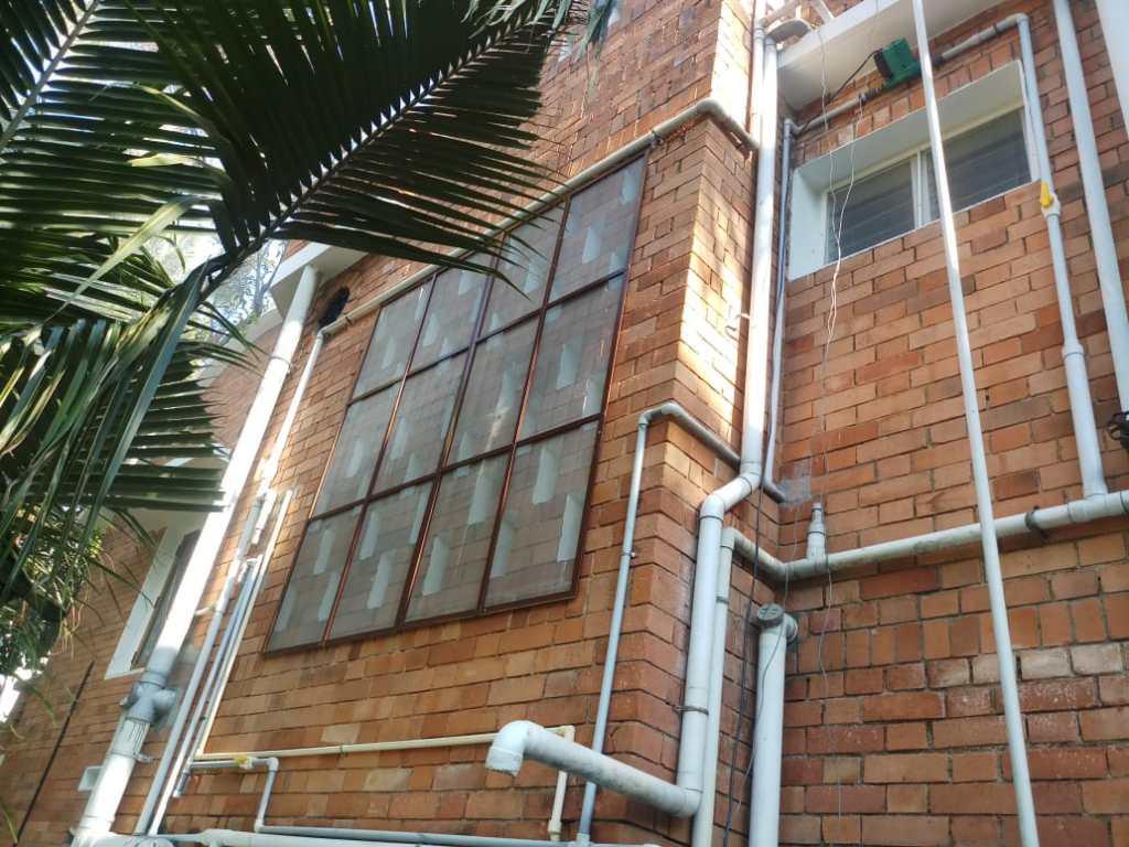 airholes mosquito net installation