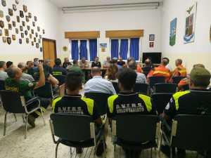 Campagna AIB: la visita del Governatore Emiliano alla base di Jacotenente