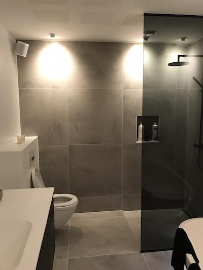 Nyt lækkert badeværelse