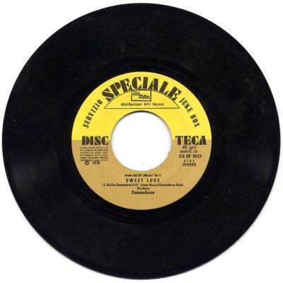 Commodores - Sweet love / Miracles - Love machine (Juke Box)
