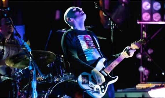 The Smashing Pumpkins - Shiny & Oh So Bright Tour