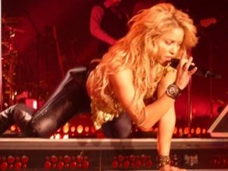 Shakira maná