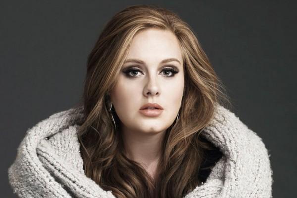 Adele confirma el título 25, pero no la fecha