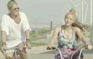 Carlos Vives y Shakira no creen en la mala suerte, 13 semanas #1 en YouTube España