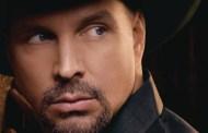 Garth Brooks celebra su séptimo disco de Diamante con la subida de The Ultimate Hits en US
