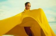 Jennifer Lopez y su sesión de fotos particular, en el vídeo de 'Ni Tú Ni Yo' junto a Gente de Zona