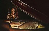 Killing Me Softly With His Song - Roberta Flack (1973)