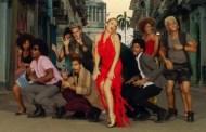 Kylie Minogue se atreve con el español, en la nueva versión de 'Stop Me From Falling', junto a Gente de Zona
