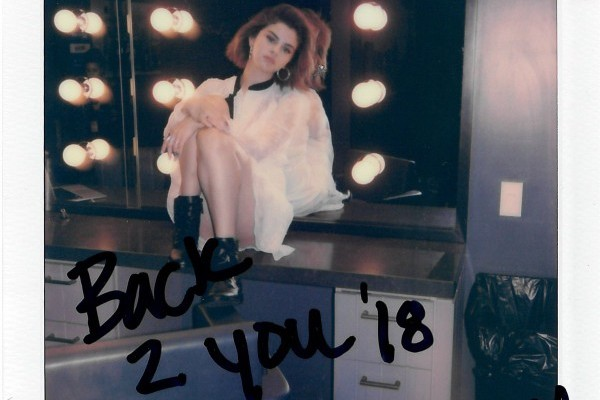 Selena Gomez consigue su séptimo top 20 en UK, con 'Back To You'
