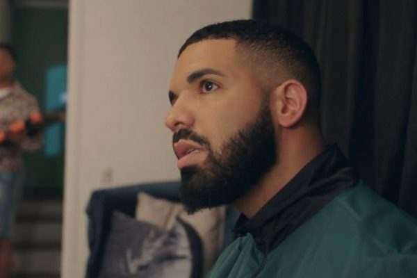 Drake mantiene por tercera semana, el #1 en Spotify UK, con 'In My Feelings'