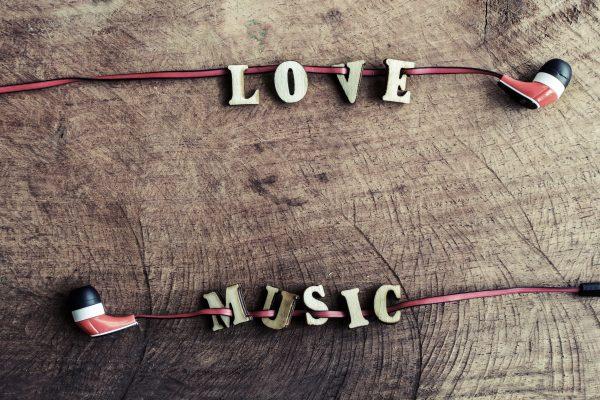 Un estudio revela, que los músicos americanos solo reciben el 12% de los ingresos de la industria musical
