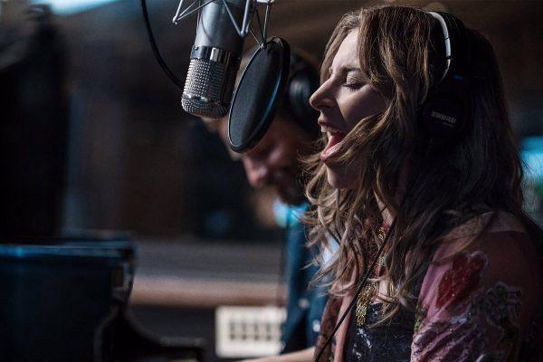 Lady Gaga, Dua Lipa, Mark Ronson y Travis Scott, actuarán en los Grammy