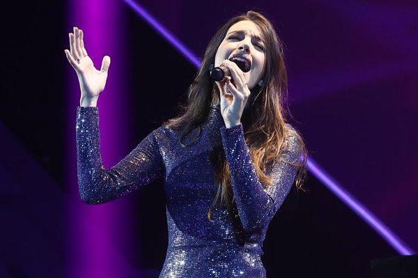 Ana Guerra estrena 'Olvídame' en la Gala de Navidad de Operación Triunfo 2018