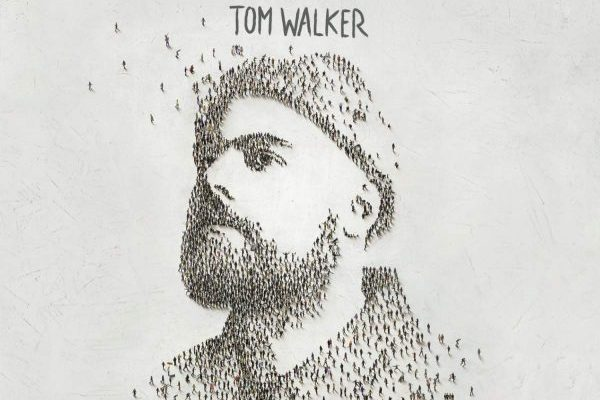 Tom Walker consigue su primer #1 en álbumes en UK, con 'What A Time To Be Alive'