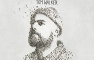 Tom Walker será #1 en álbumes en UK, con 'What a Time To Be Alive'
