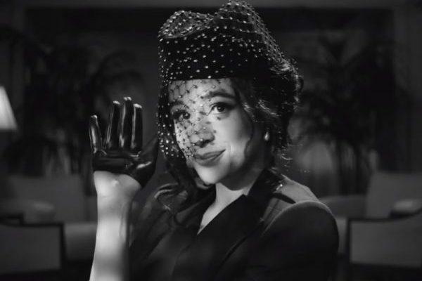 Camila Cabello se convierte en una heroína de Hollywood, en el vídeo de 'My Oh My'