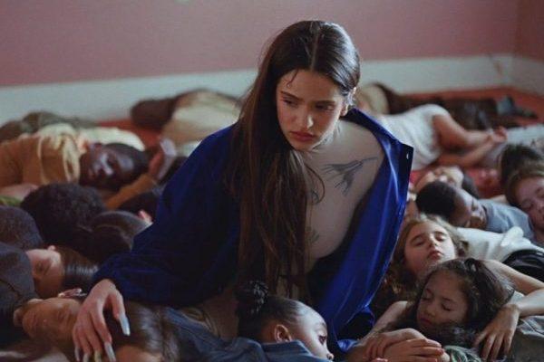 'TKN' recupera a la mejor Rosalía en apenas 2 minutos, con un impecable Travis Scott