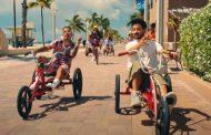 'Tattoo' de Rauw Alejandro y Camilo, repite como #1 de nuestro Vinilo Top 100 Global