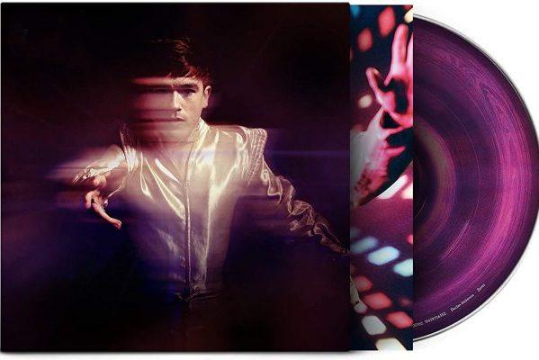 Declan McKenna tiene casi cerrado el #1 en álbumes en UK, con 'Zeros'