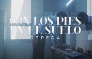 Cepeda comparte el primer teaser de la canción 'Con Los Pies En El Suelo', y qué buena pinta tiene