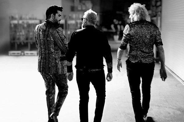 Queen y Adam Lambert son finalmente #1 en UK con 'Live Around the World'
