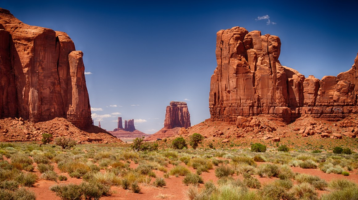 Monument Valley, Travel Photography, U.S.A, Vin Images