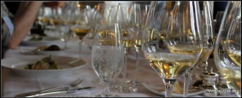 Hvidvin i glas