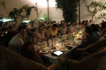 La cena en el Disco-Bar El Patio