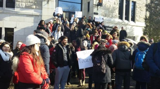 Vanier College Stands in Solidarity with Victims of Quebec City Shootings