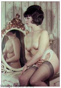 Vintage girl in Mirror