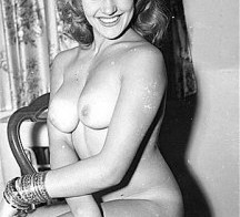 Gorgeous Blonde – Retro nude!