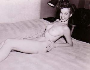 Pin-up Judy O'Day 4