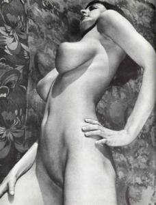 Vintage Model Lillian Parker 022