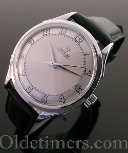1940s automatic steel vintage Omega 'Bumper' watch (3584)