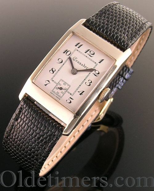 1930s 9ct gold rectangular vintage Crusader watch (32409)