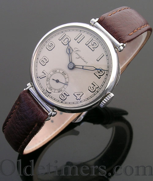 1930s round steel vintage Longines watch (3806)
