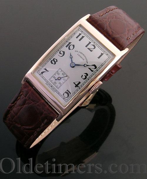 1940s 9ct gold rectangular vintage Bennett watch (3661)