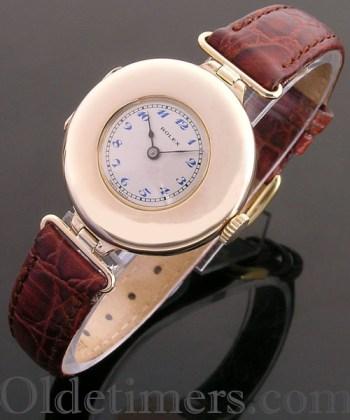 1913 15ct gold round vintage Rolex watch (3795)