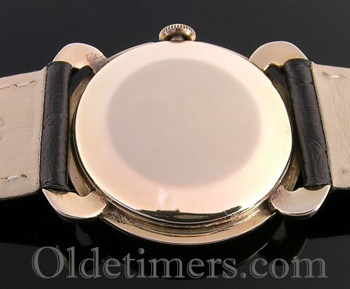 1940s 14ct gold round vintage Longines watch (3500)