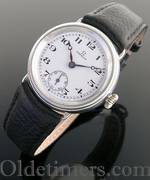 1920s silver round vintage Omega watch (3929)